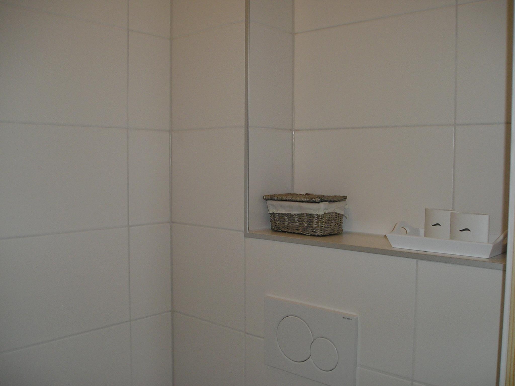 Badkamer & toilet Sebaldeburen 1 - Klus- en onderhoudsbedrijf Veenstra